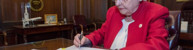 Gov. Ivey Provides Physicians Liability Protections from COVID-19